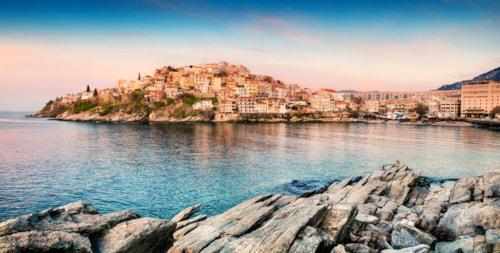 Blick auf Kavala vom Ägäischem Meer.