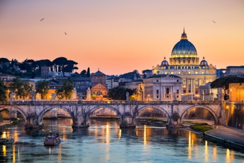 Landausflug in Rom: Skyline bei Dämmerung