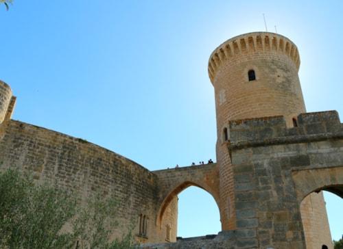 Bild Entspannte Wandertour zur historischen Burg (Kreuzfahrt-Ausflug)